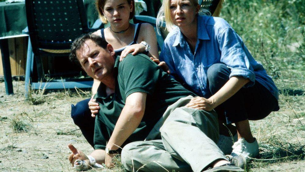 Urlaub auf Leben und Tod - Eine Familie hält zusammen - Bildquelle: Foo