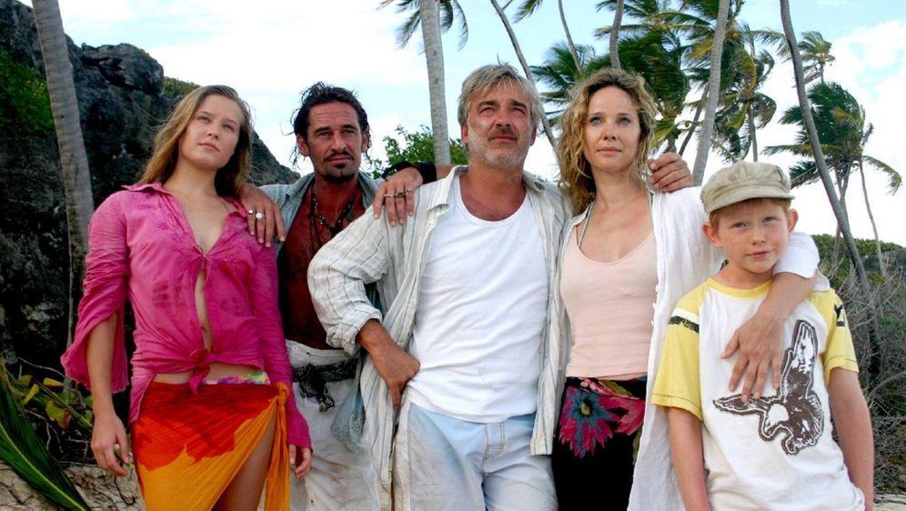 Die Pirateninsel - Familie über Bord - Bildquelle: Foo