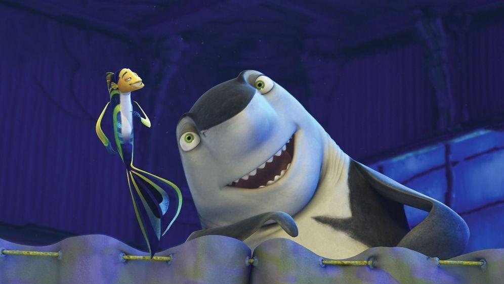 Große Haie - kleine Fische - Bildquelle: Foo