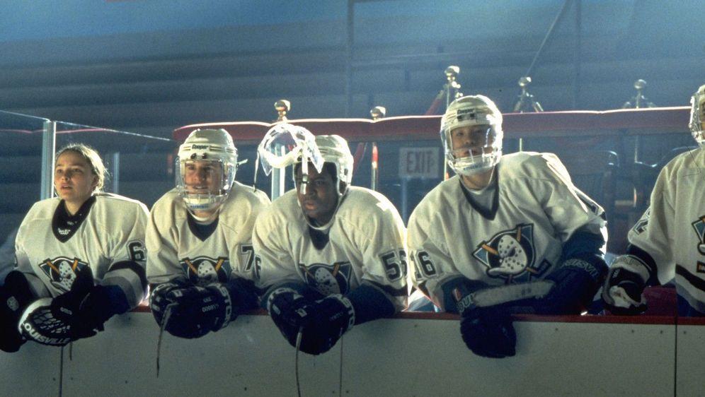 Mighty Ducks 3 - Jetzt mischen sie die Highschool auf - Bildquelle: Foo