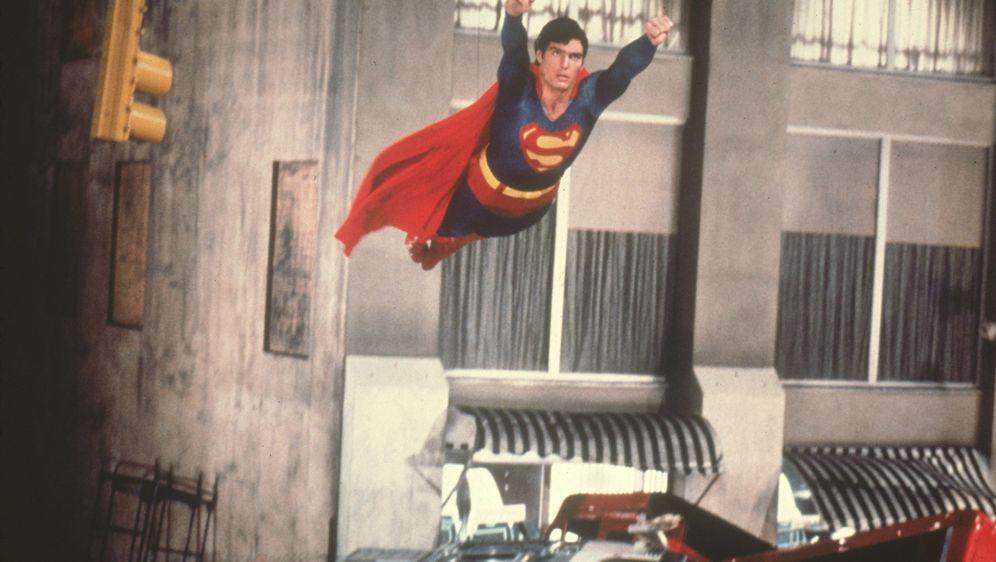 Superman II - Allein gegen alle - Bildquelle: Foo